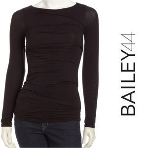 Bailey 44 ruched top S, EUC